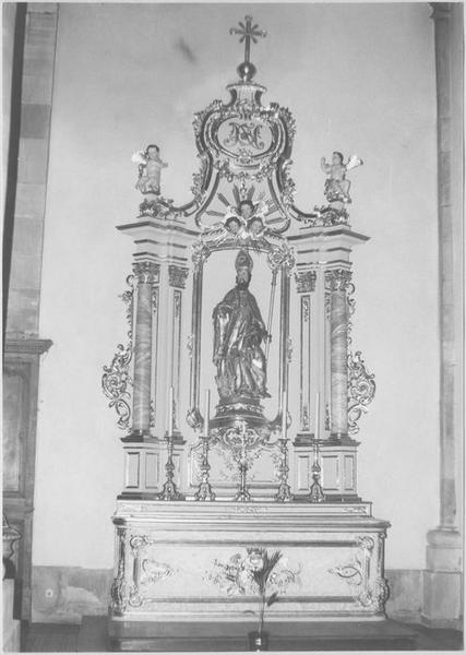 Autel, retable, groupe sculpté : saint Nicolas (autel secondaire)