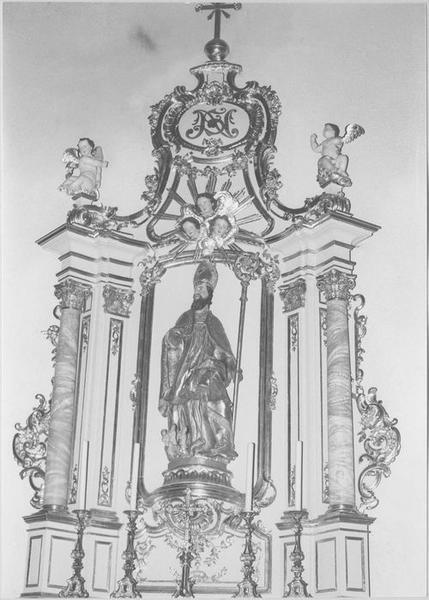 Autel, retable, groupe sculpté : saint Nicolas (autel secondaire) (vue rapprochée)