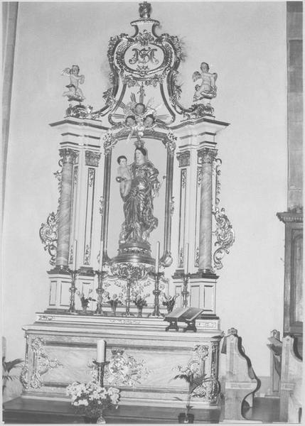 Autel, retable, groupe sculpté: Vierge à l'Enfant (autel secondaire)