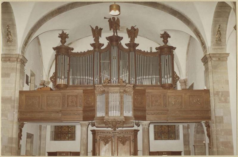 Orgue de tribune : tribune et buffet d'orgue (vue d'ensemble)