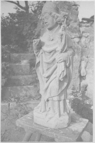 Statue : saint Eloi (vue en entier frontale)
