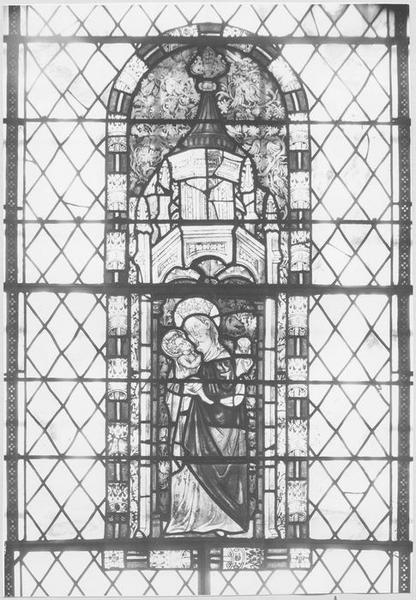 Verrière : Vierge à l'Enfant