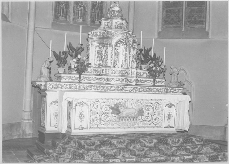 Autel, 3 gradins d'autel, tabernacle (maître-autel)