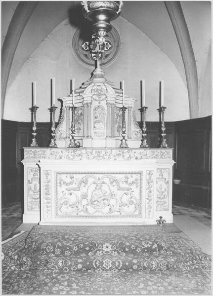 Autel, gradin d'autel, tabernacle (maître-autel)