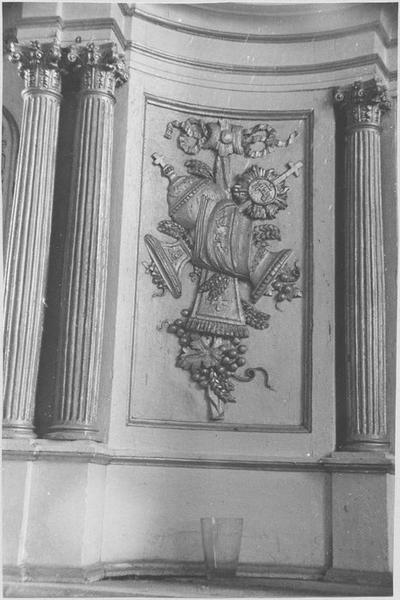 Tabernacle (maître-autel) (détail sculpté)