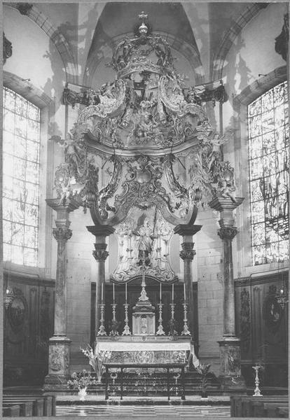 Autel, gradin d'autel, tabernacle, retable, baldaquin d'autel (maître-autel) (vue in situ)
