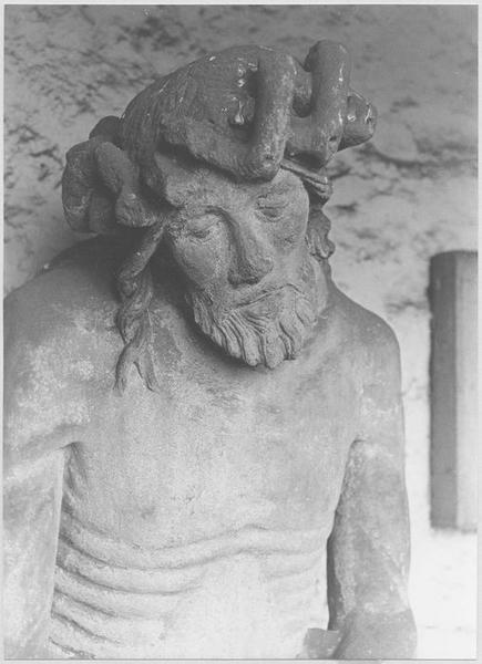 Statue : Christ de Pitié dit bon-Dieu de Pitié (détail visage)
