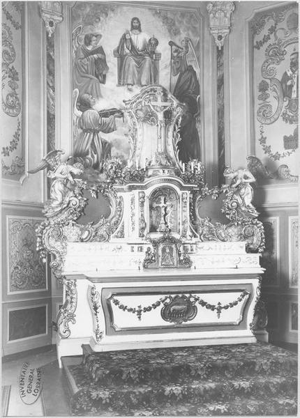 Autel, tabernacle, exposition, 2 statues : anges adorateurs (maître-autel)