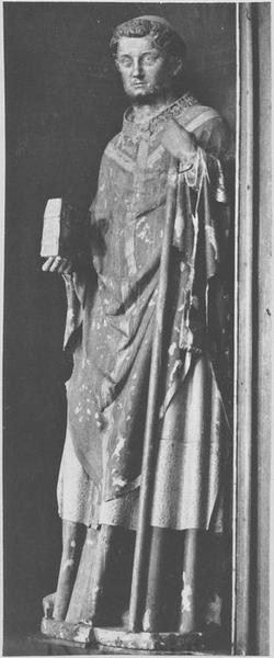 Statue : saint Eustase