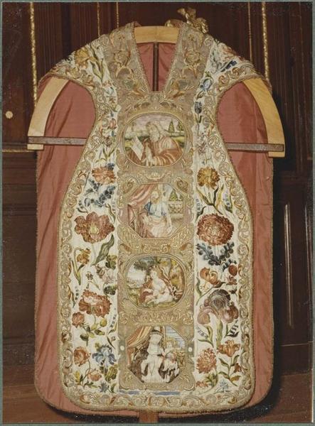Chasuble (ornements dits des Dominicaines) (devant)