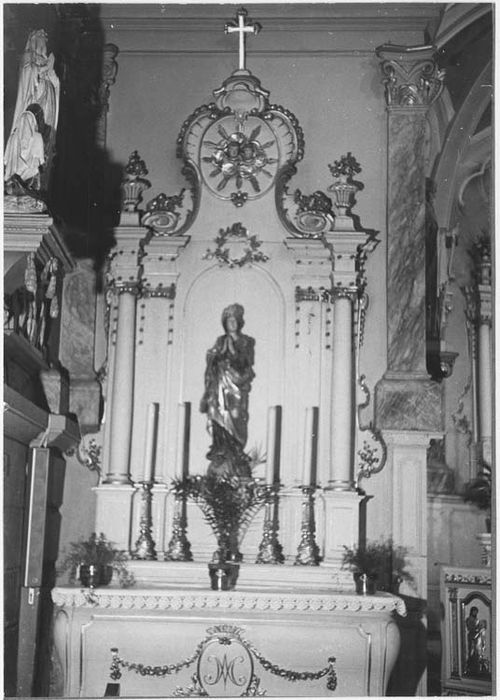 autel latéral nord, statue : Vierge