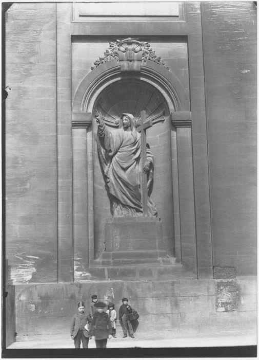 statue : La Religion