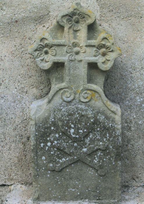 dalle funéraire (croix funéraire)