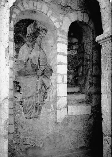 2 peintures monumentales : Evêques carolingiens