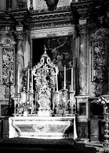 Maître-autel en marbre