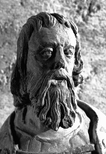 Statue en pierre : saint André, détail de la tête