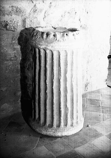 Autel circulaire en marbre, époque gallo-romaine