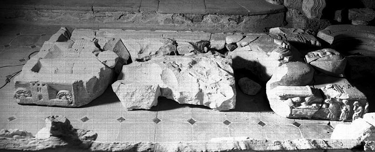 Monument funéraire de Bernard de Meze, abbé de Saint-Guilhem
