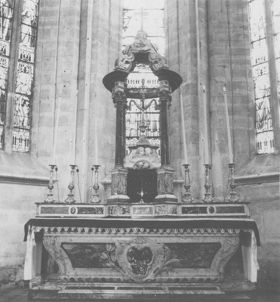autel, tabernacle, dais d'autel (maître-autel, baldaquin), vue générale