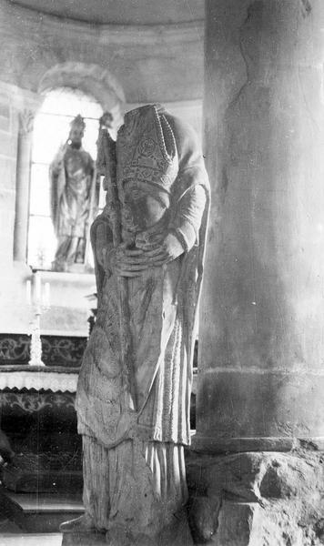 Statue (grandeur nature) : saint Reverien