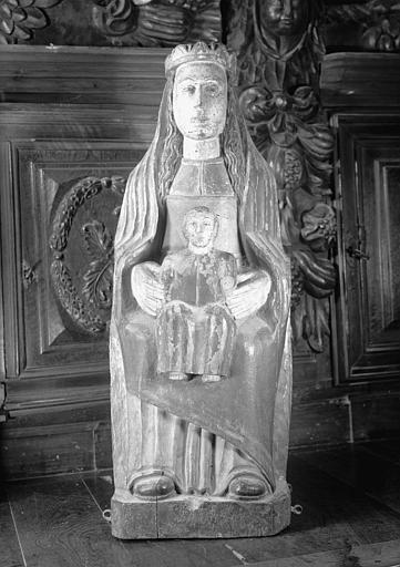 Statue en bois : Vierge en Majesté