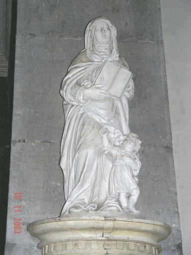 Statue : Sainte Aldegonde debout, accompagnée par un ange, marbre blanc, 17e siècle
