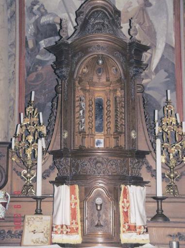 Tabernacle-exposition à tambour du maître-autel