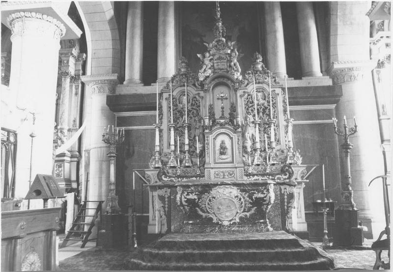 Autel (maître-autel) style Louis XV, vue générale