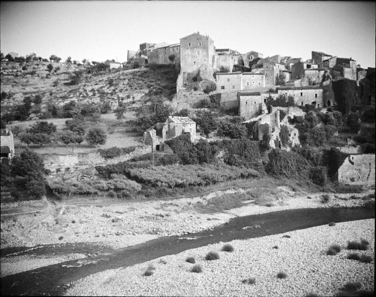 Ensemble nord depuis les rives de l'Ardèche