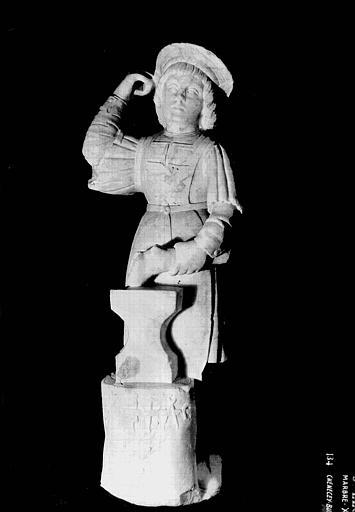 Statue en marbre : saint Eloi