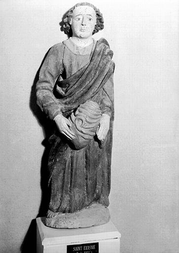 Statue en bois polychromé : saint Erasme