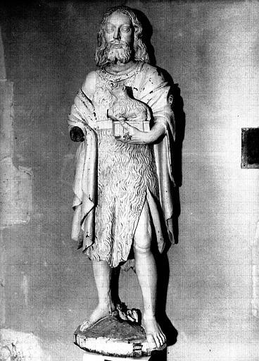 Statue en bois peint : saint Jean-Baptiste