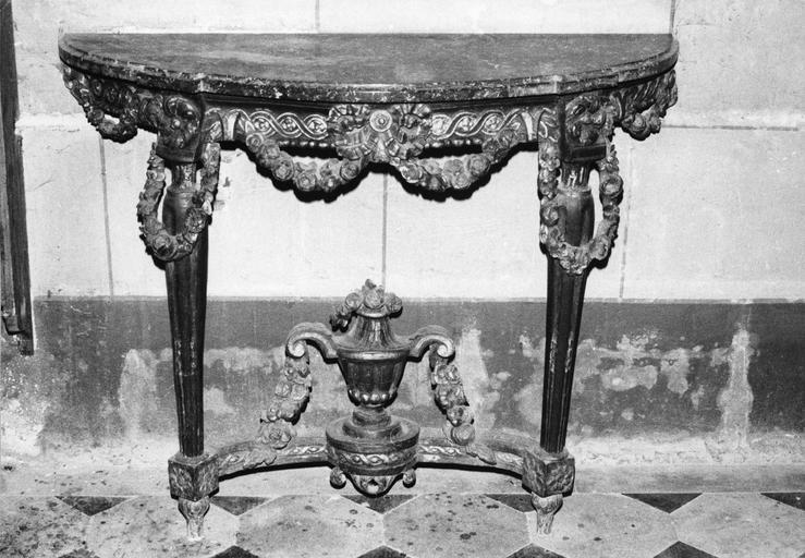 Table console, bois sculpté et peint
