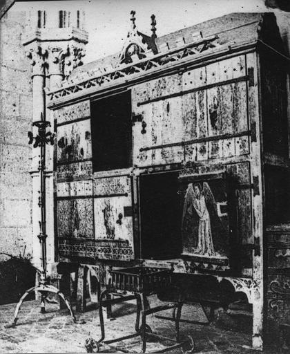 armoire décorée de peintures, bois (détruite)