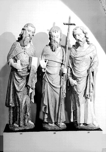 Statues (trois) en bois peint : saint Jean-Baptiste, saint Philippe et un saint, état après restauration