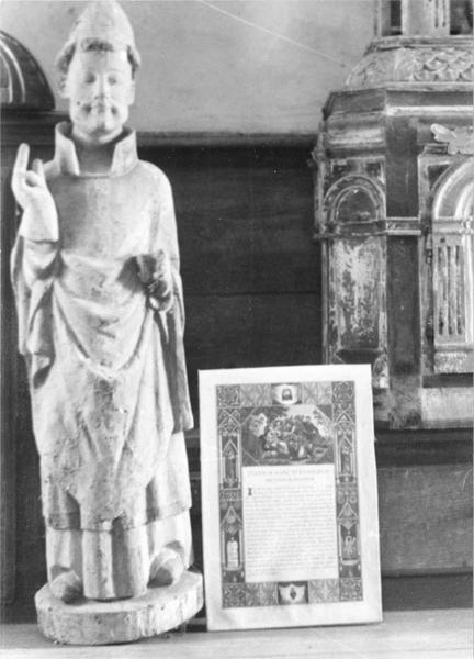 Statue : Evêque, vue générale