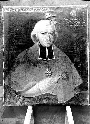 14 tableaux : Portraits d'évêques de Carcassonne