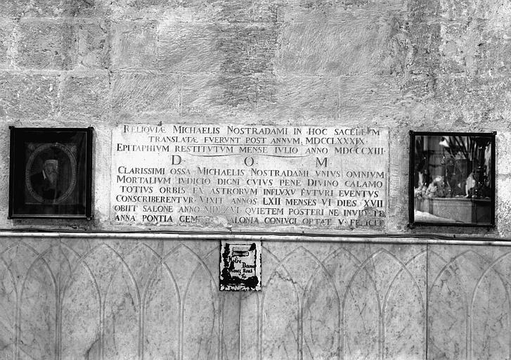 Monument funéraire de Michel de Notre-Dame, dit Nostradamus