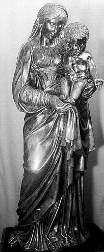 Statuette en argent : Vierge à l'Enfant dite de Charles X (ensemble)