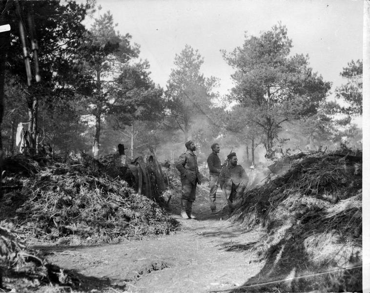 Soldats allemands au cantonnement