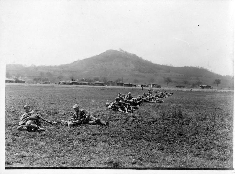 Infanterie allemande à Bois-le-Prêtre
