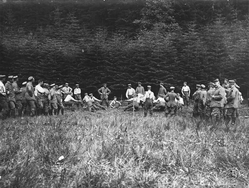 Derrière le front des Vosges. Jeux de soldats allemands