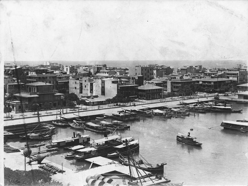 Vue du port de Suez