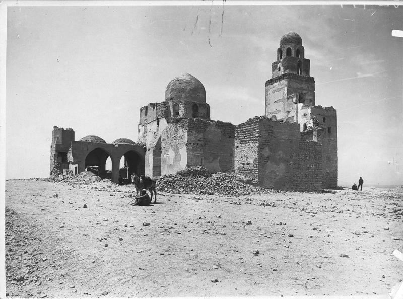 Ruines de la célèbre mosquée de Gijuschi