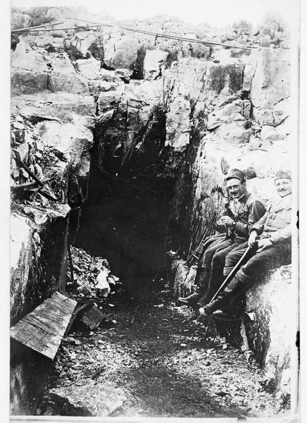 Près d'Arsiero, un abri dans la roche