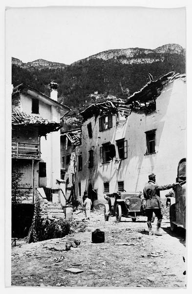 Vallée de la Terragnola : bombardement d'un village
