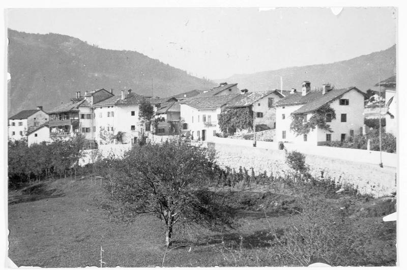 Vue d'ensemble de Santa Lucia di Tolmino