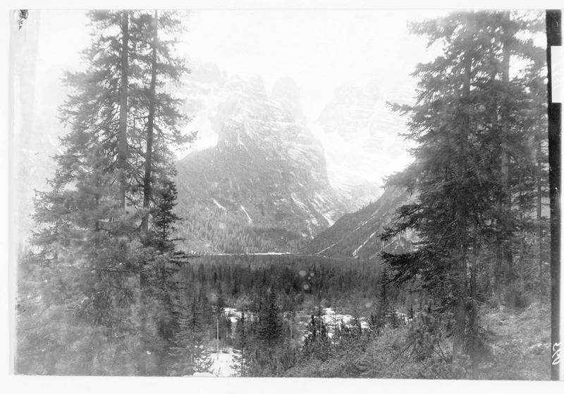 Monte Cristallo et le Cristallin : montagnes des Dolomites que les Italiens bombardent