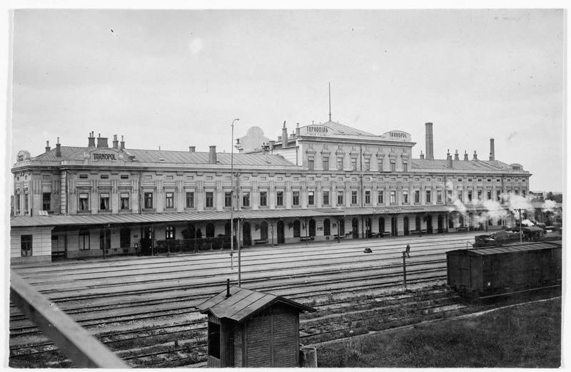 Vue de la gare de Tarnopol (en polonais)