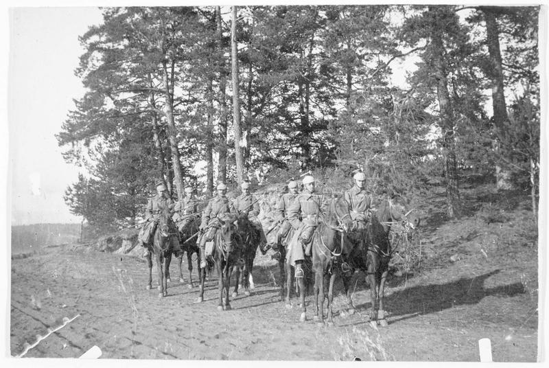 Patrouille de Uhlans en Galicie